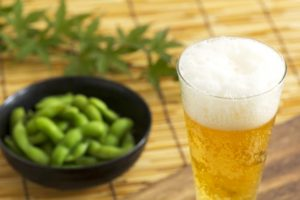 edamame with beer